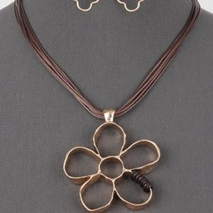 Jewelry - Brown Cord Flower Pendant Necklace
